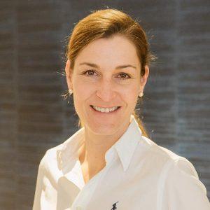 Dr. Karoline Schindera